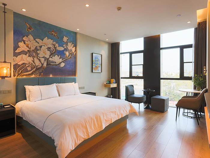 现代酒店客房实木床 HY-F201